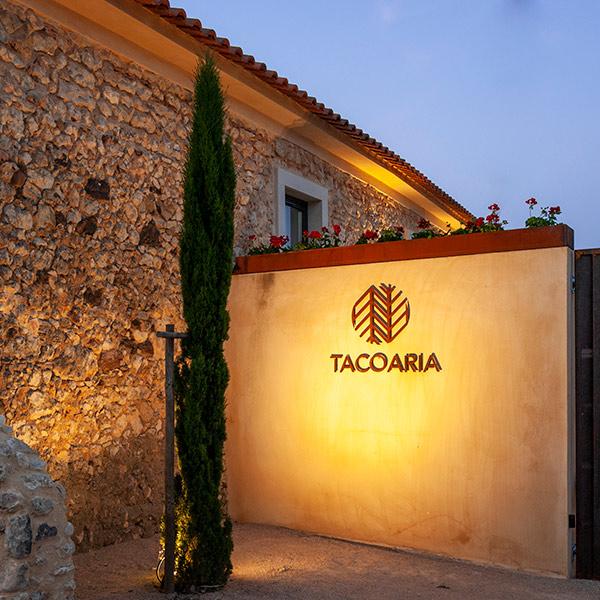 Tacoaria Casas de Campo